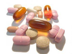 medicament-c2a9-aldan-fotoliacom-fotolia_1535606_xs-300x225 dans Beauté